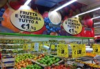 01-10-2015 Una cascata di frutta e verdura a un euro da Pozzoli Big Market