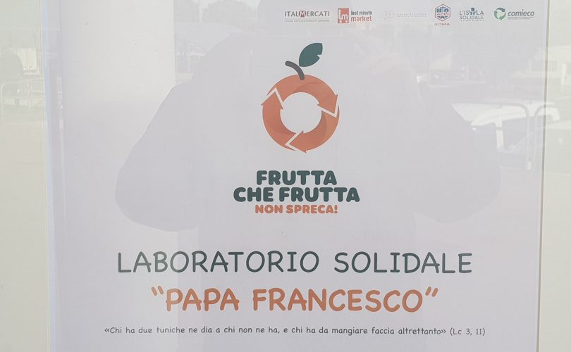FruttaCheFrutta_LaboratorioSolidale_PapaFrancesco